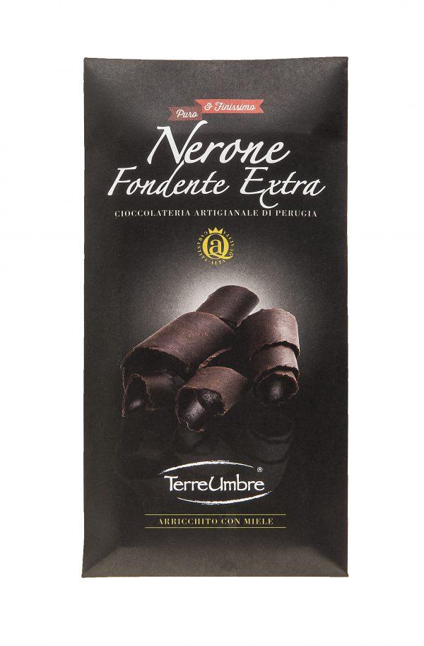 Tavoletta di puro cioccolato extra fondente. Contiene: cacao 73% minimo, zucchero, burro di cacao, cacao magro in polvere.